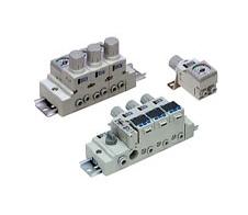 小型集装型减压阀   ARM10/11